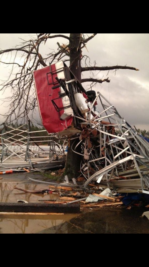 Violenti temporali accompagnati da tornado negli USA. FOTO e VIDEO