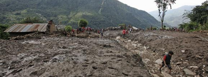 Forti PIOGGE causano FRANE in Nepal; 30 morti e 42 dispersi