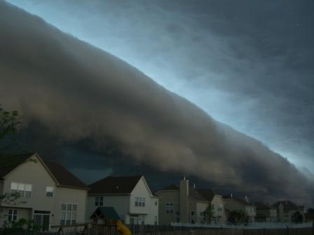 SHELF CLOUD2